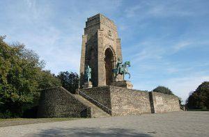 Rund um den Hengsteysee zur Ruine Hohensyburg @ Hengsteysee-Hohensyburg | Hagen | Nordrhein-Westfalen | Deutschland